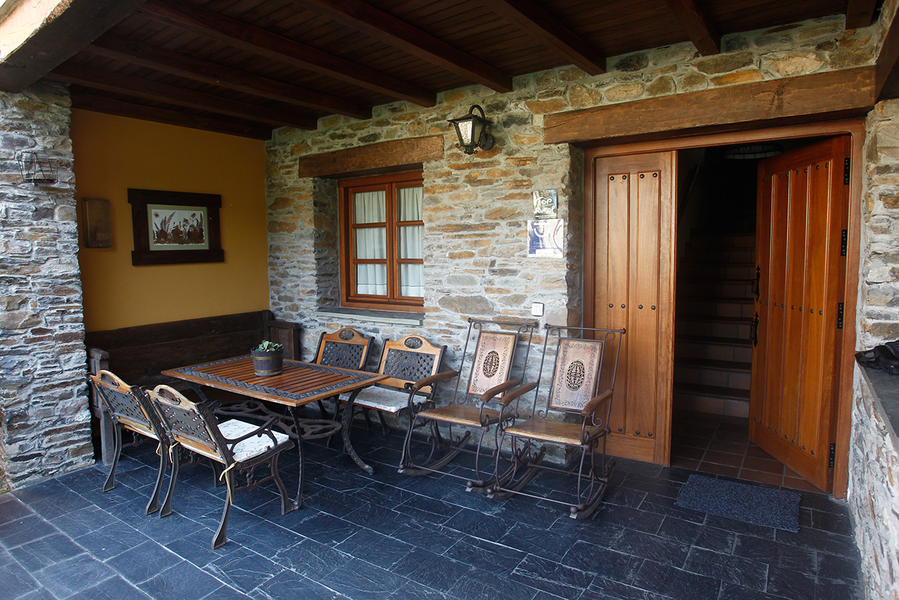La casa casa xuaqu n apartamentos y turismo rural - Casa tradicional asturiana ...
